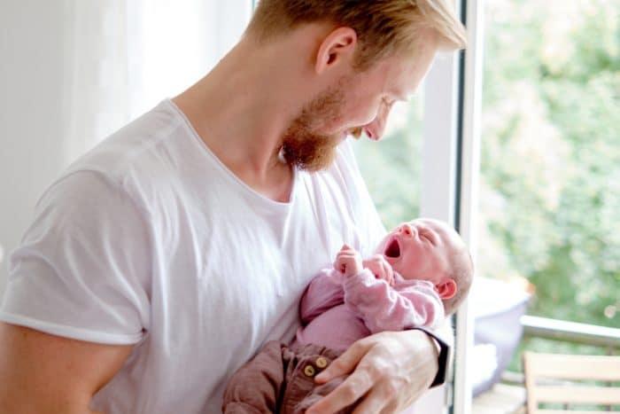 Natürliche Babyfotos Hamburg Familienfotos mit Baby